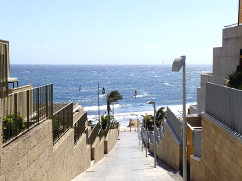 Duplex de 2 hab. con wifi y parking a 100 m. de la playa